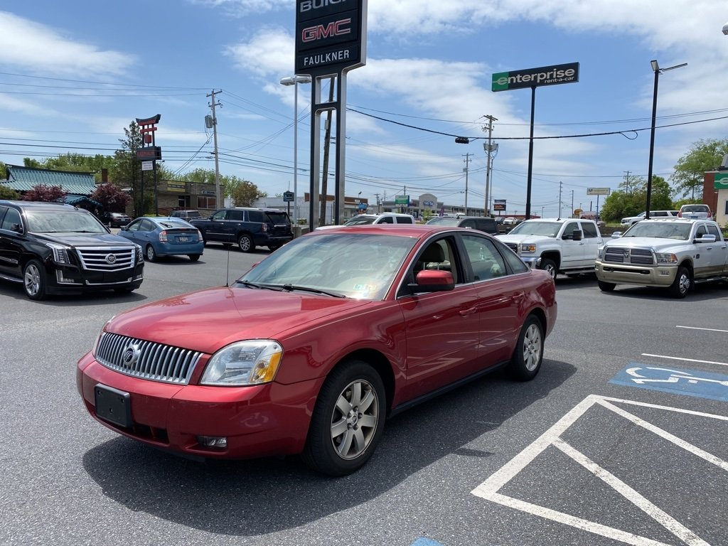 Pre-Owned 2006 Mercury Montego Luxury