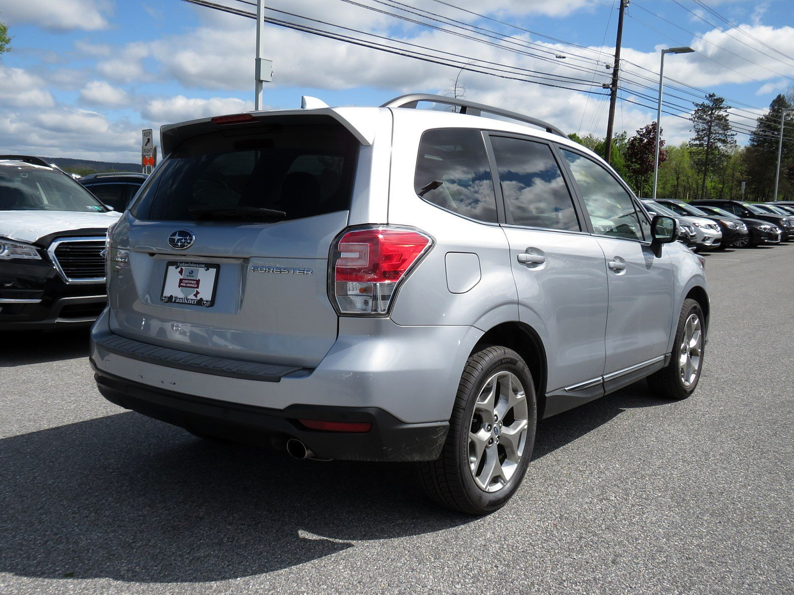 Pre-Owned 2018 Subaru Forester Touring
