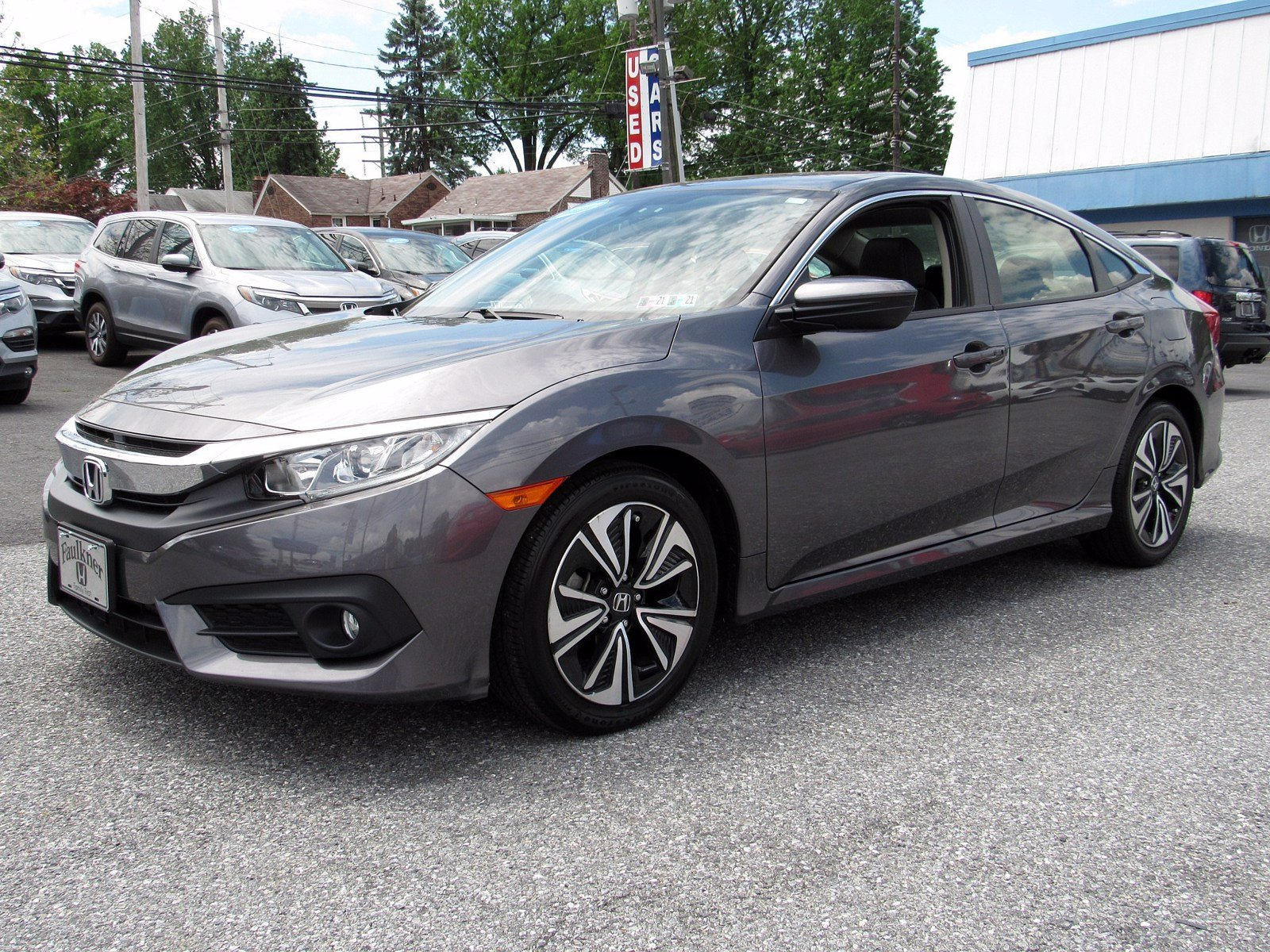 Pre-Owned 2018 Honda Civic Sedan EX-L