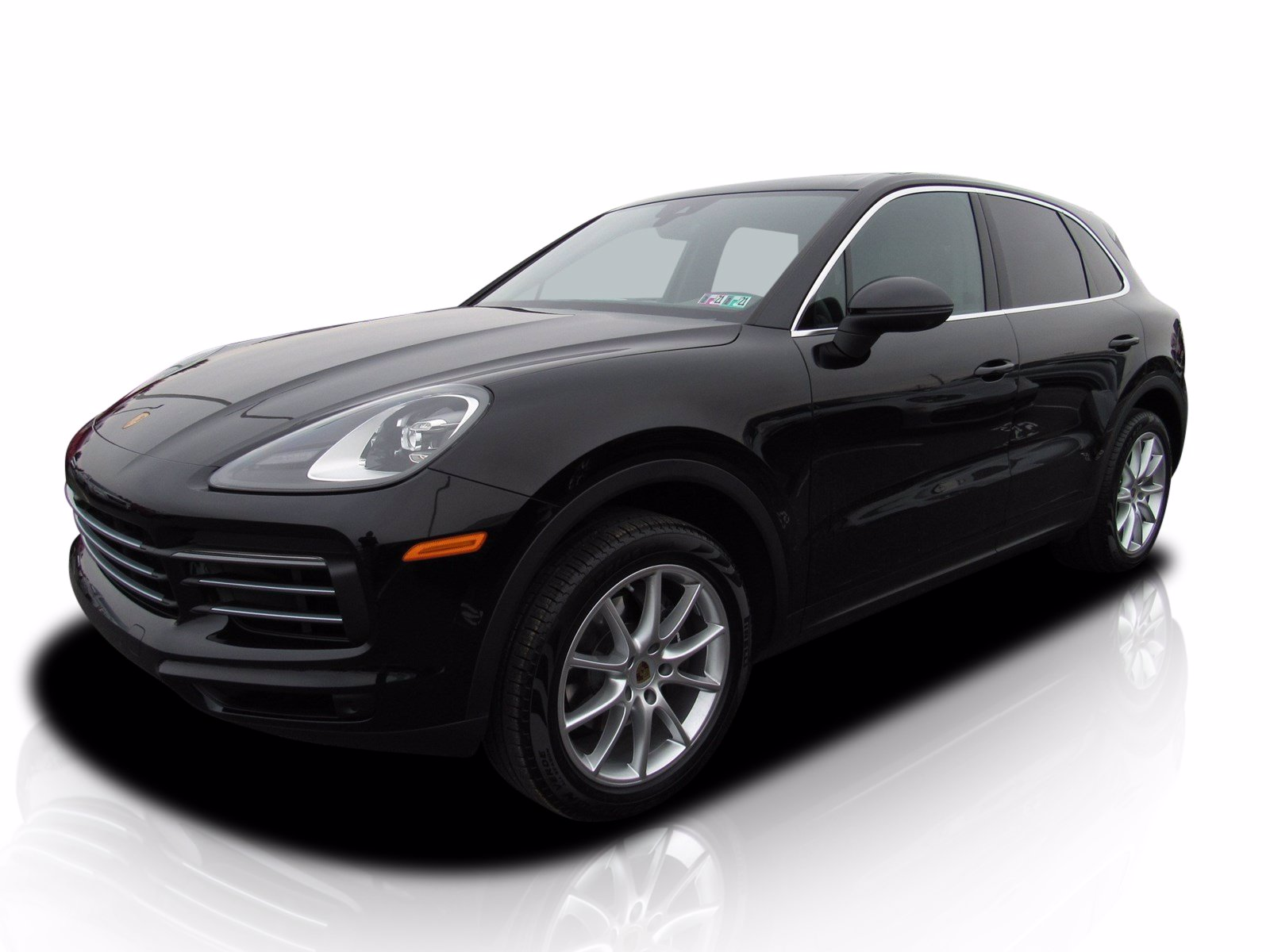 Pre-Owned 2019 Porsche Cayenne Premium Package